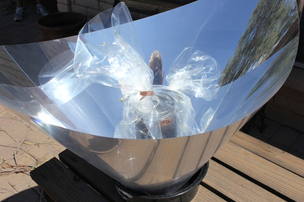Solar Flare Parabolic solar cooker