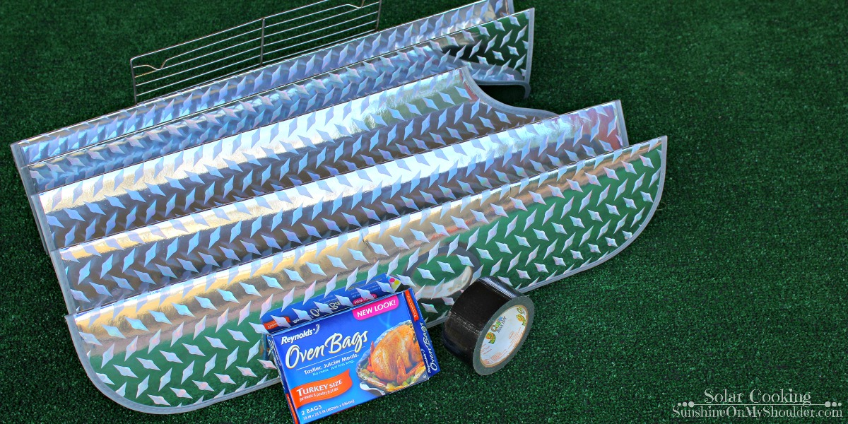 How to make a windshield shade solar cooker