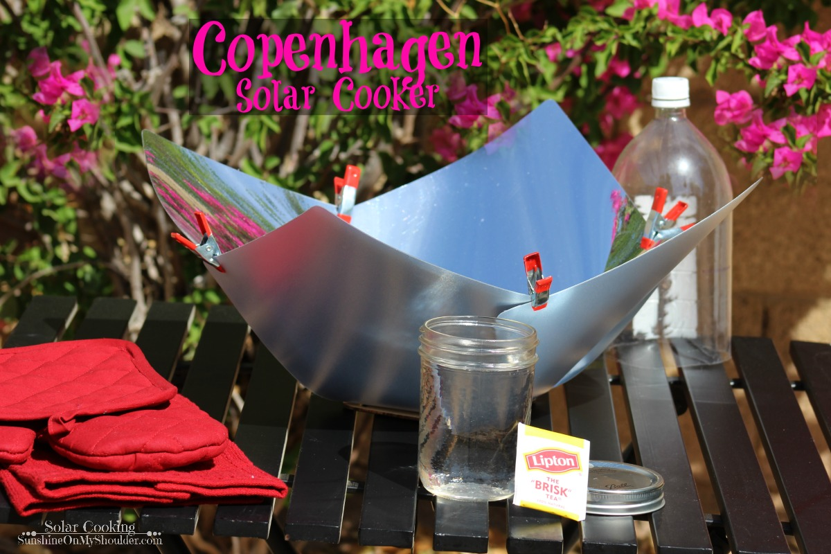 Making hot tea in a Copenhagen Solar Cooker